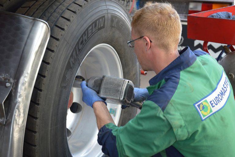 Conseils pour éviter une crevaison fréquente de vos pneus